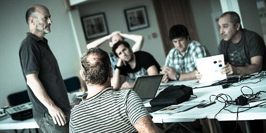 Bio-Nordic Managing Director James Haigh (far left) addresses customers at a Bio-Nordic RHI seminar.